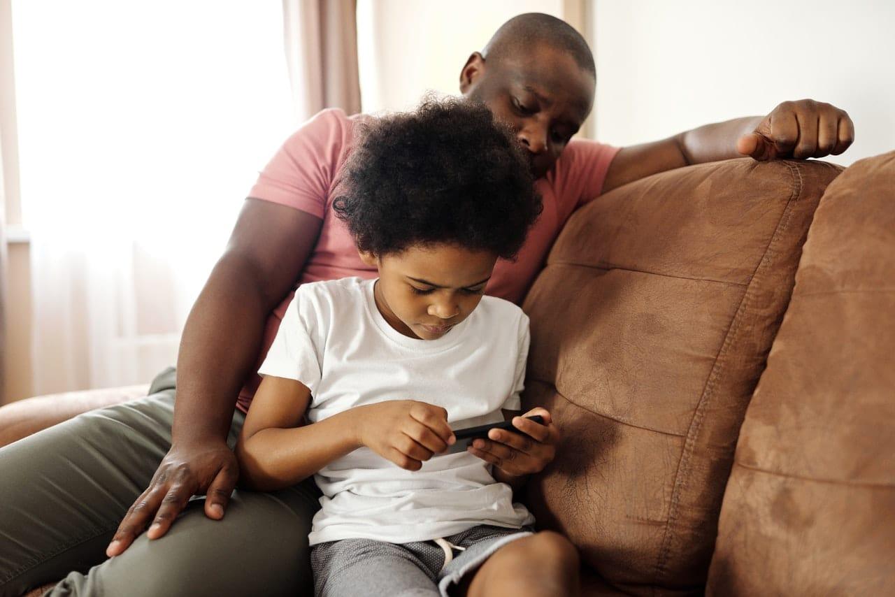Jouer à deux sur smartphone