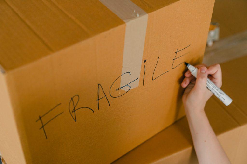 Carton d'emballage, pour déménagement objets fragiles