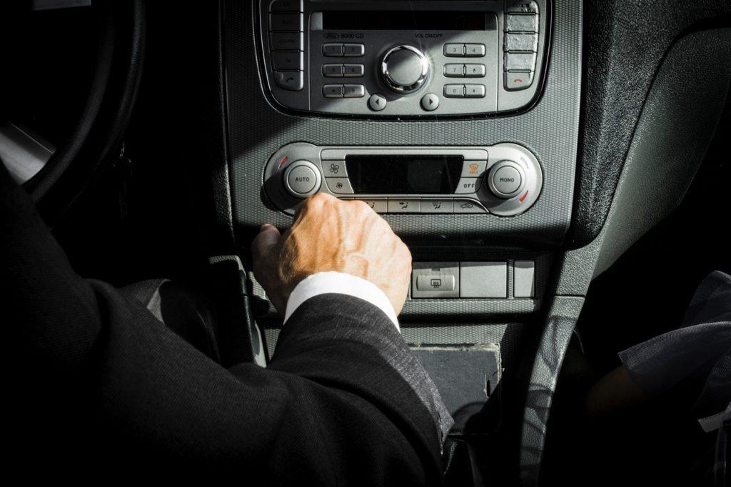 Chauffeur de voiture de luxe