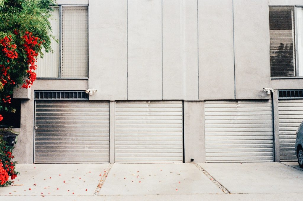 Garage box de stockage, déménagement