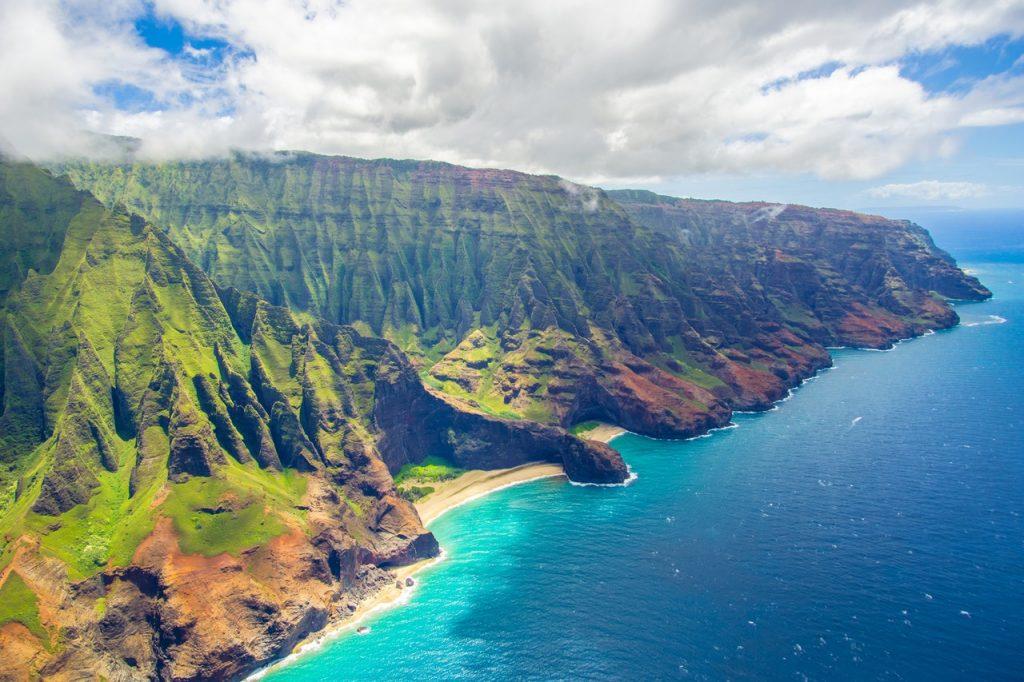 Hawaï île entre montagne et mer