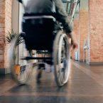 Comment Équiper une Voiture pour une Personne Handicapé ?