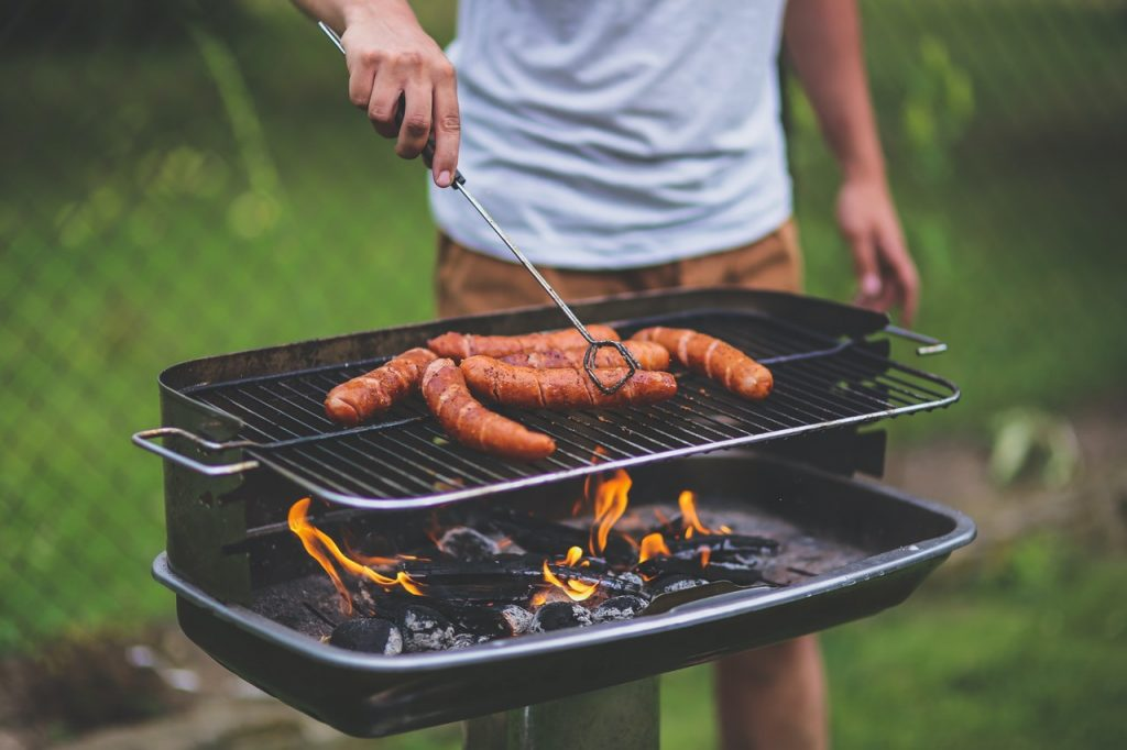 Barbecue de viande, convivialité, été
