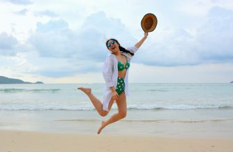 5 cosmétiques les plus adaptés pour des vacances à la mer
