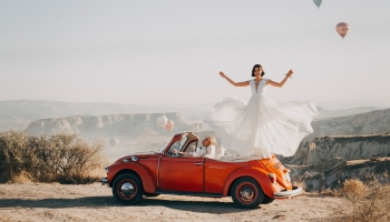 4 idées déco pour rendre une voiture de marié inoubliable